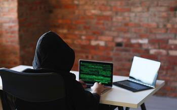 دراسة-العمل-من-المنزل-خلال-جائحة-كورونا-زاد-من-مخاطر-الهجمات-الإلكترونية
