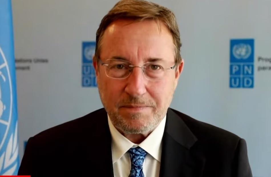 مدير برنامج الأمم المتحدة الإنمائي مصر من أوائل البلدان التي تبنت مفهوم التنمية البشرية