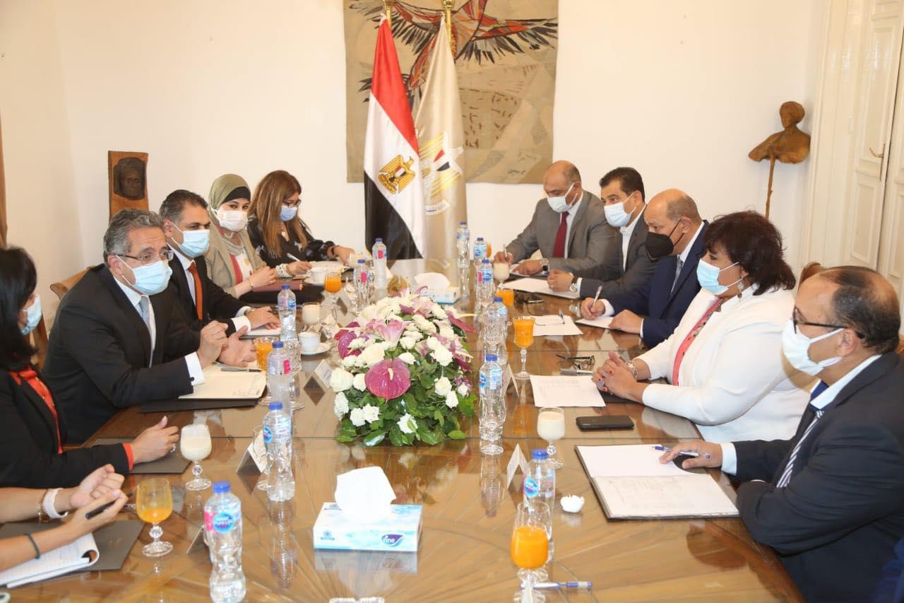 وزيرا السياحة والثقافة يبحثان وضع إستراتيجية للترويج السياحي والثقافي لمصر محليا وعالميا   صور