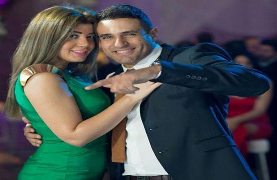 محمد نور يحتفل بعيد زواجه بطريقة رومانسية| صور