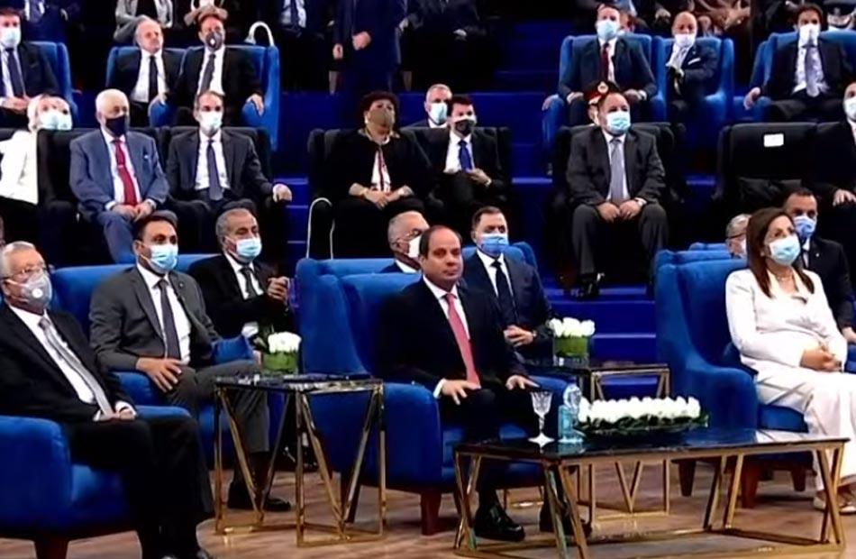 الرئيس السيسي ننفذ مشروعات تنموية غير مسبوقة فى تاريخ مصر والمنطقة بمختلف القطاعات