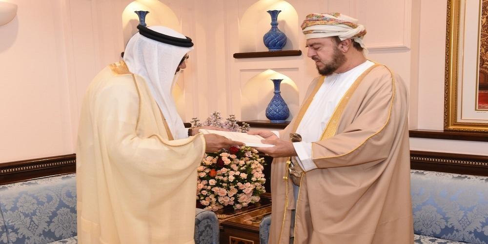 سلطان عُمان يتلقى رسالة خطية من ملك البحرين   صور
