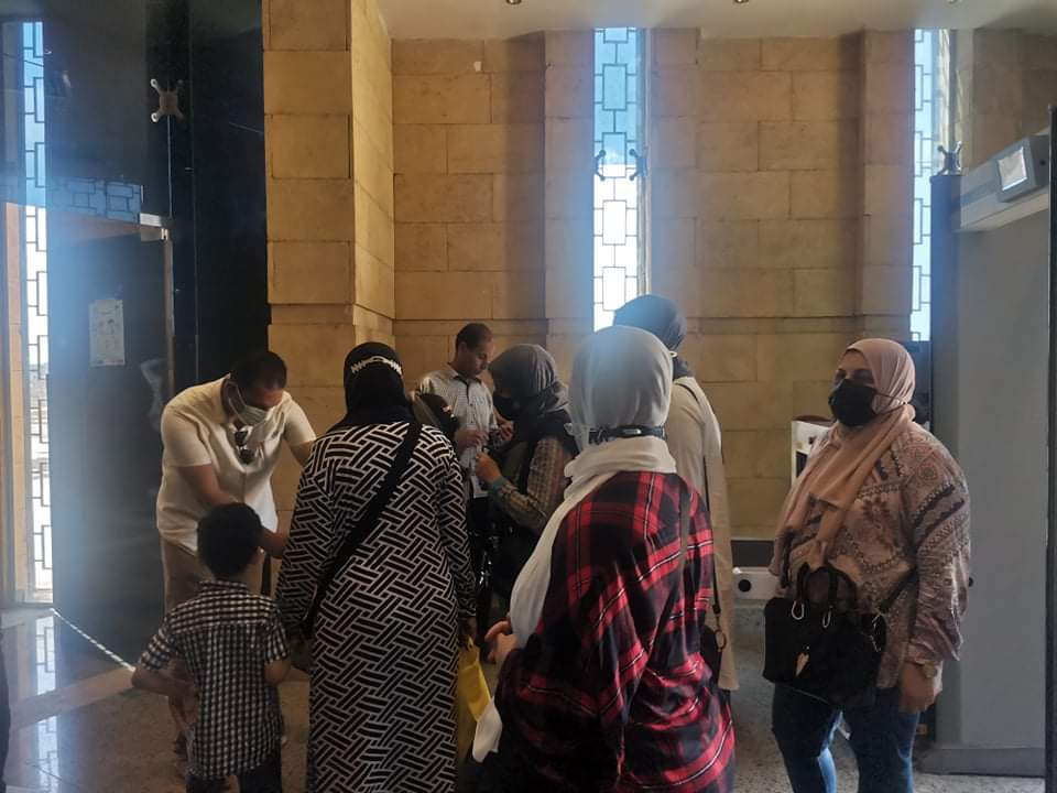 أعضاء مكتبة مصر بالزقازيق يزورون متحف تل بسطة  صور