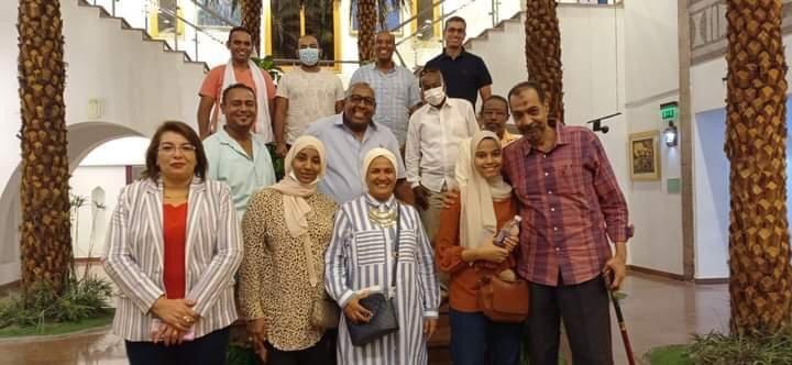 مدير المركز الثقافي الإفريقي بأسوان تناقش استقبال الرحلات السياحية