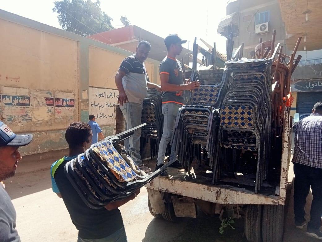حملة لرفع إشغالات الباعة الجائلين في روض الفرج