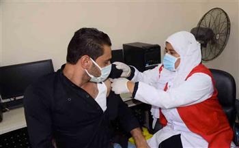 حملة-تطعيم-ضد-فيروس-كورونا-بمركز-شباب-الرويسات-في-مطروح