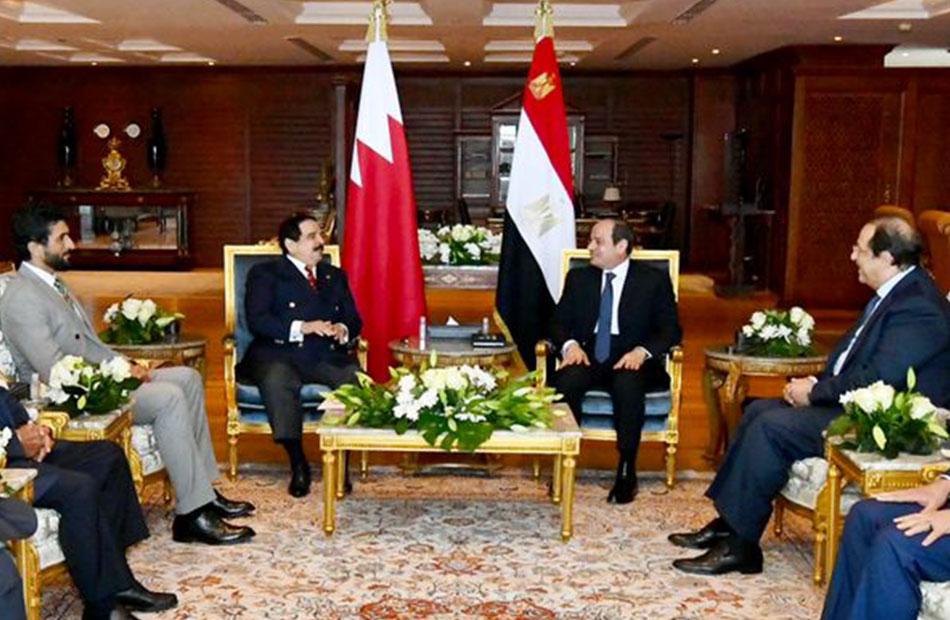 الرئيس السيسي يستقبل ملك البحرين   فيديو