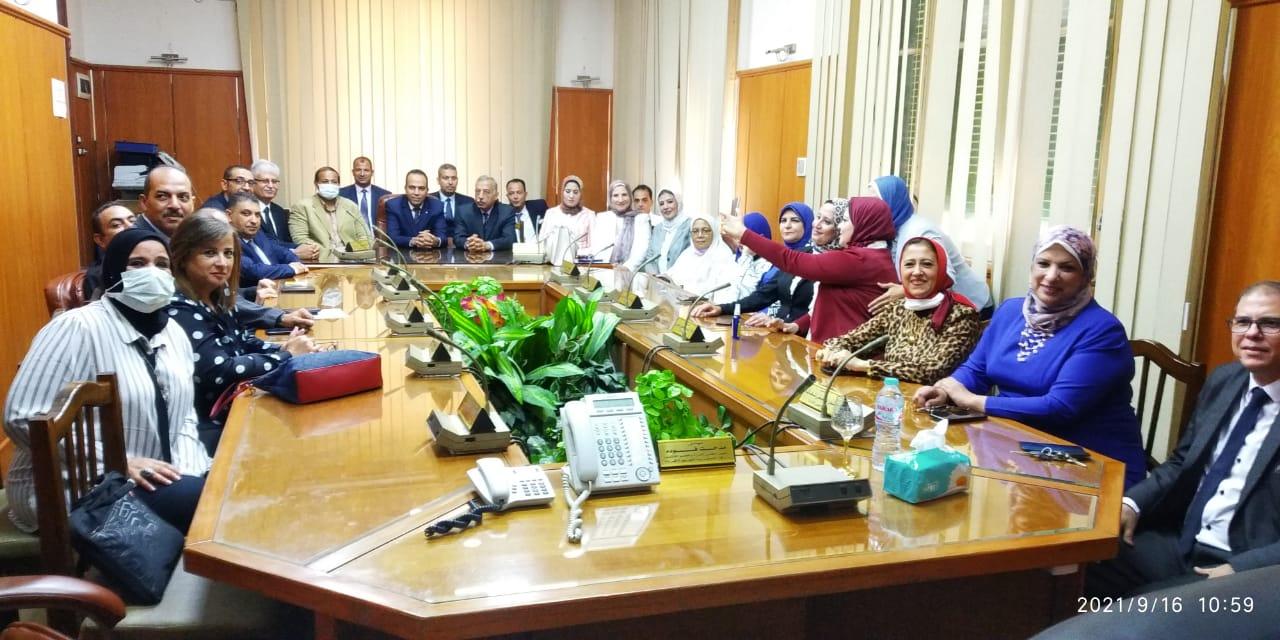 ختام فعاليات دورة تنمية المهارات الإدارية والقيادية بكهرباء الإسكندرية | صور