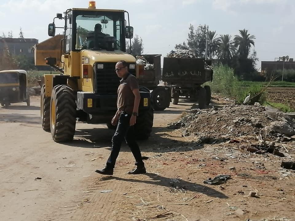 متابعة استعدادات المدارس للعام الدراسي الجديد ورفع مخلفات الأشجار في حملات نظافة ببيلا |صور