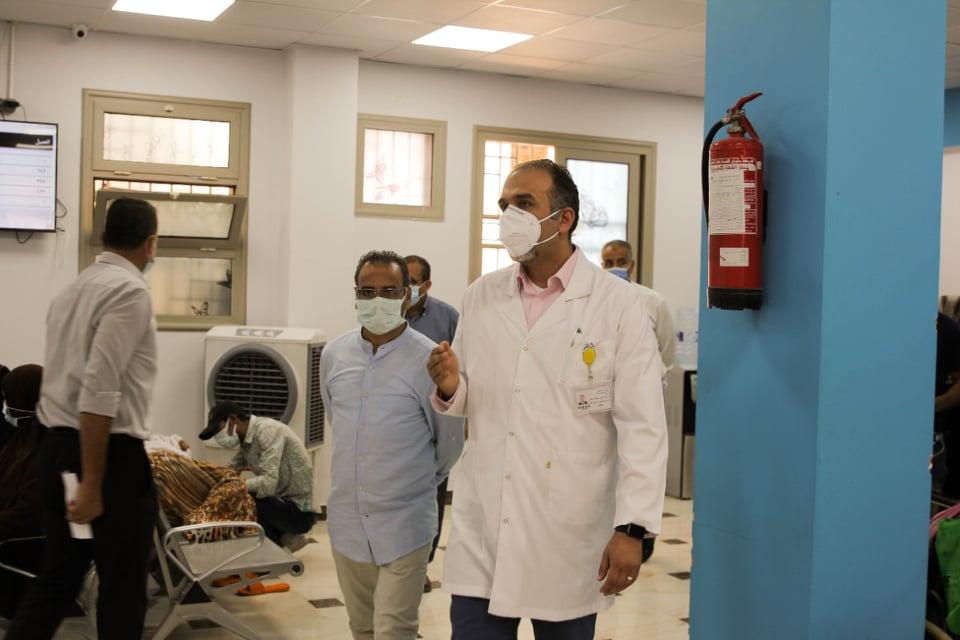 جابر القرموطي يدعم مستشفي الثدي بالمعهد القومي للأورام