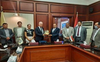 رئيس-جامعة-بني-سويف-يستقبل-وفد-جامعة-ليون-والمعهد-الفرنسي-بالقاهرة-|-صور-