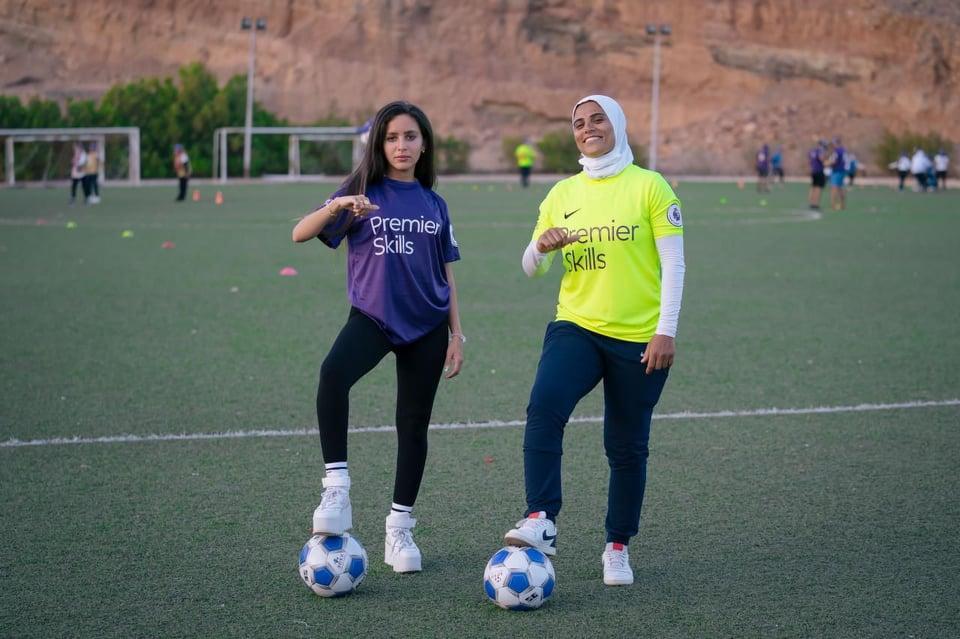 جميلة عوض تحقق حلم فتيات سيناء في لعب كرة القدم في ;Premier Skills;