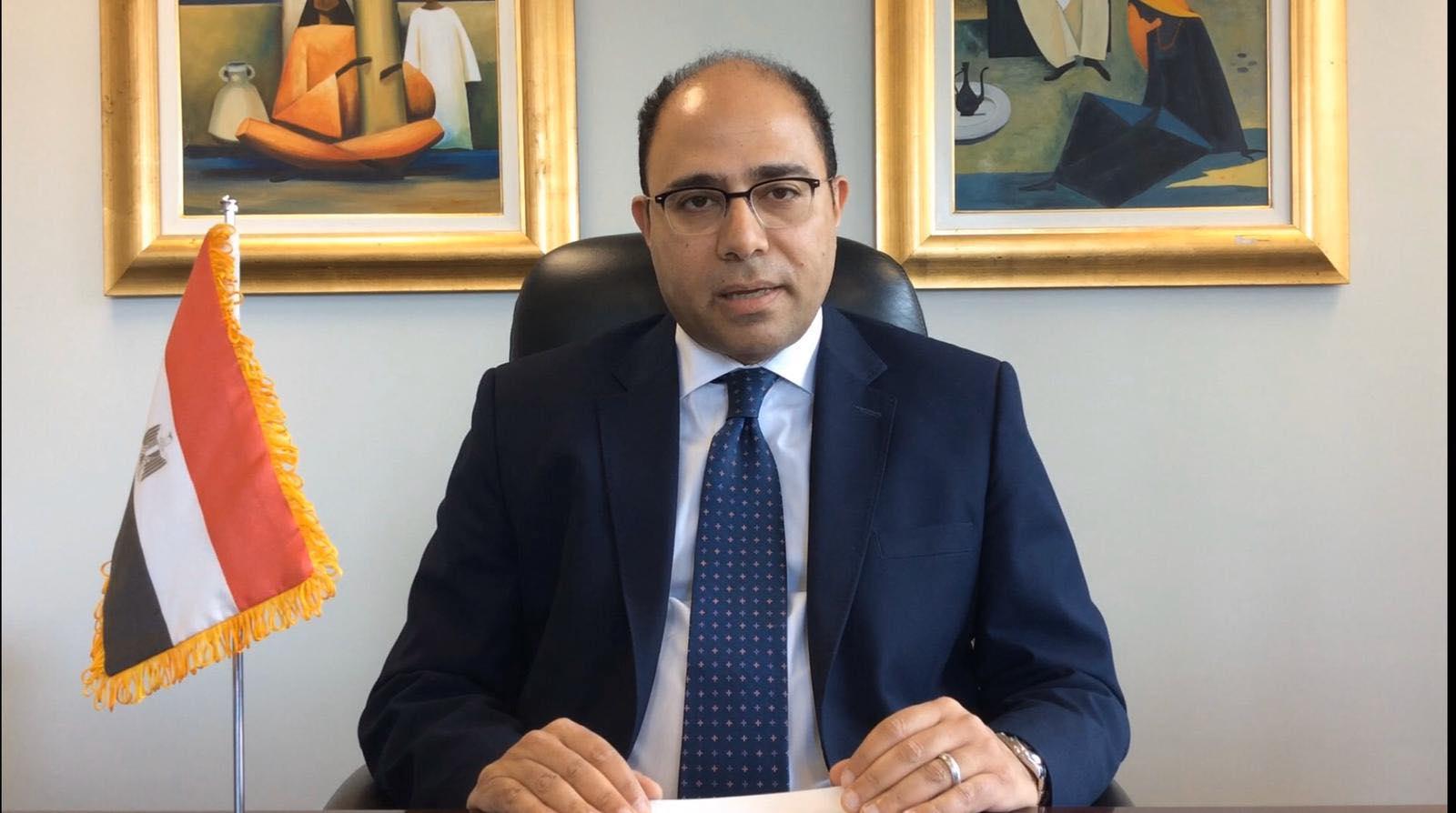 سفير مصر بكندا سعيد بتعاون مبادرة ;بُناة مصر الرقمية; وجامعة كوينز التي تعد من أفضل الجامعات