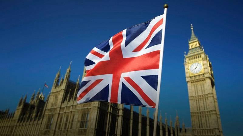 وزير الأعمال البريطاني يبحث مع ممثلي قطاع الطاقة تداعيات ارتفاع أسعار الغاز الطبيعي
