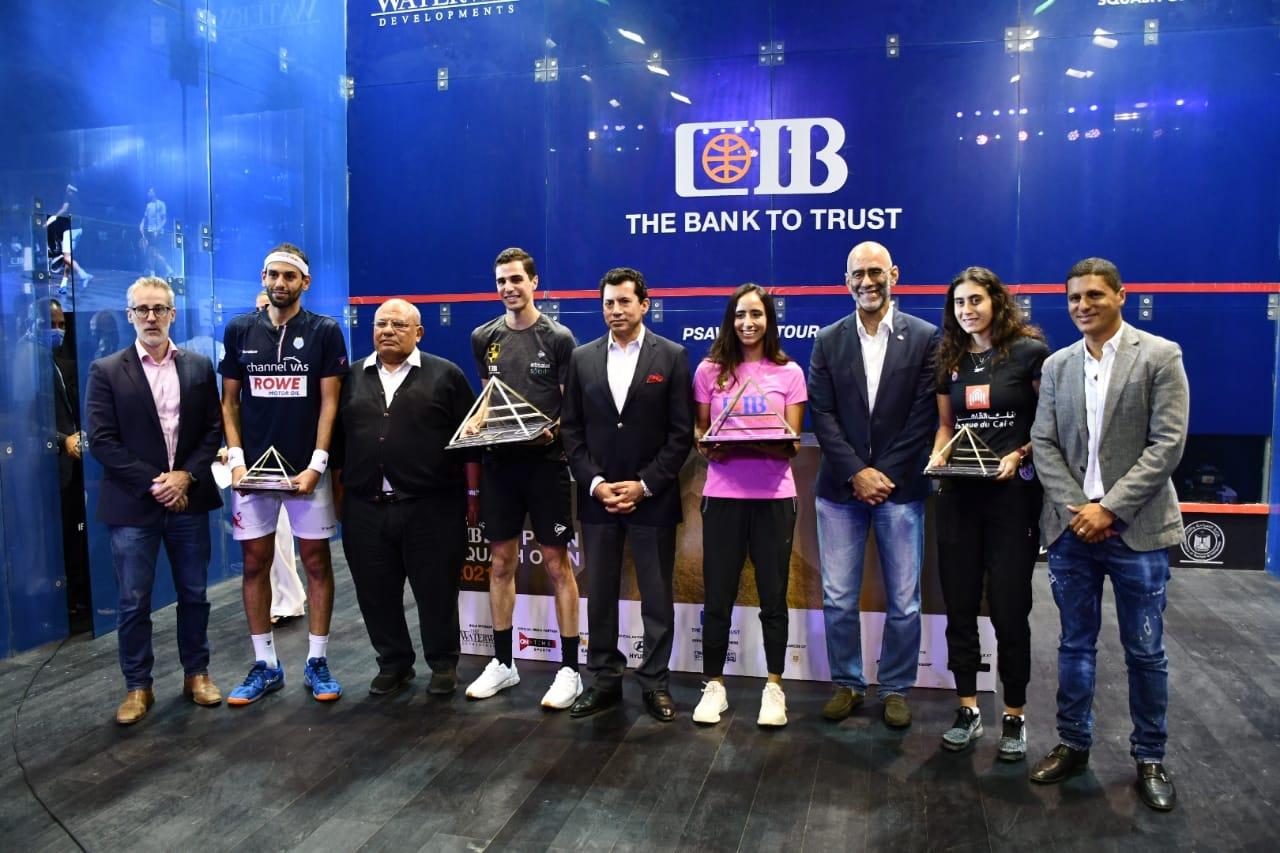 وزير الرياضة يشهد ختام بطولة مصر الدولية المفتوحة للإسكواش ويهنئ علي فرج ونوران جوهر
