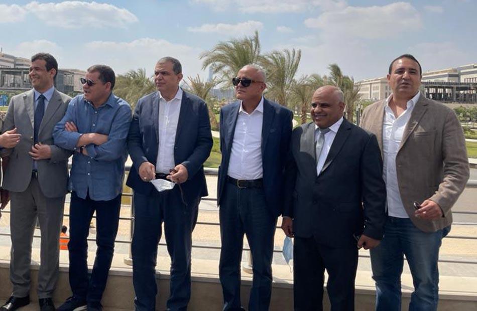 رئيس حكومة الوحدة الوطنية الليبية خلال تفقده مشروعات العاصمة الإدارية