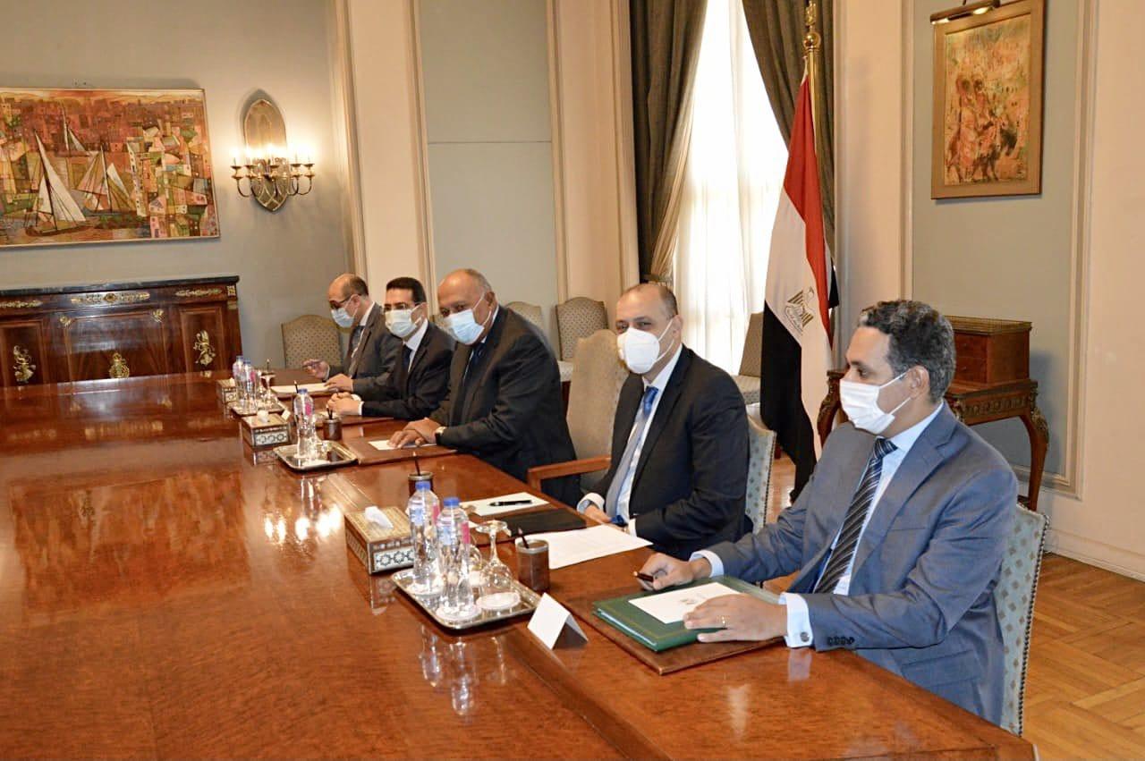 وزير الخارجية يجتمع مع رئيسيّ مجلس الأعمال المصري ـ الأمريكي وغرفة التجارة الأمريكية صور
