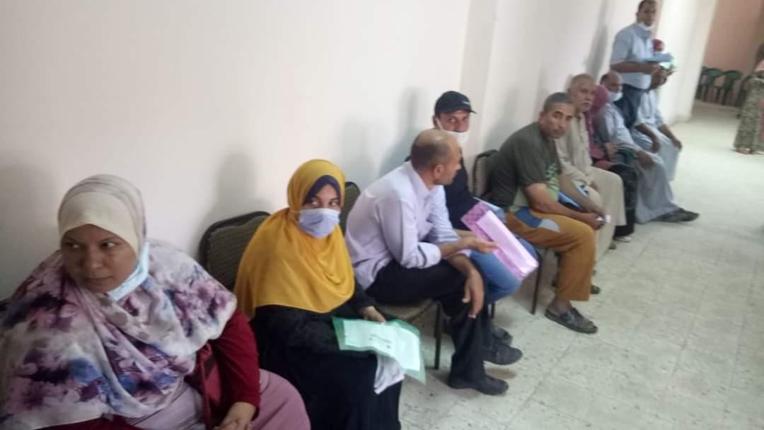 بدء التطعيم بلقاح كورونا بمركز شباب أشمون