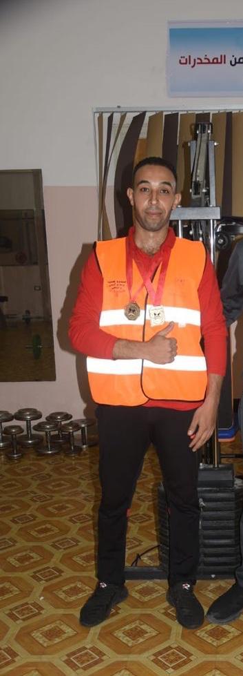 حسام محمد حسين بطل الجمهورية للدرجة الثانية في لعبة الكيك بوكس
