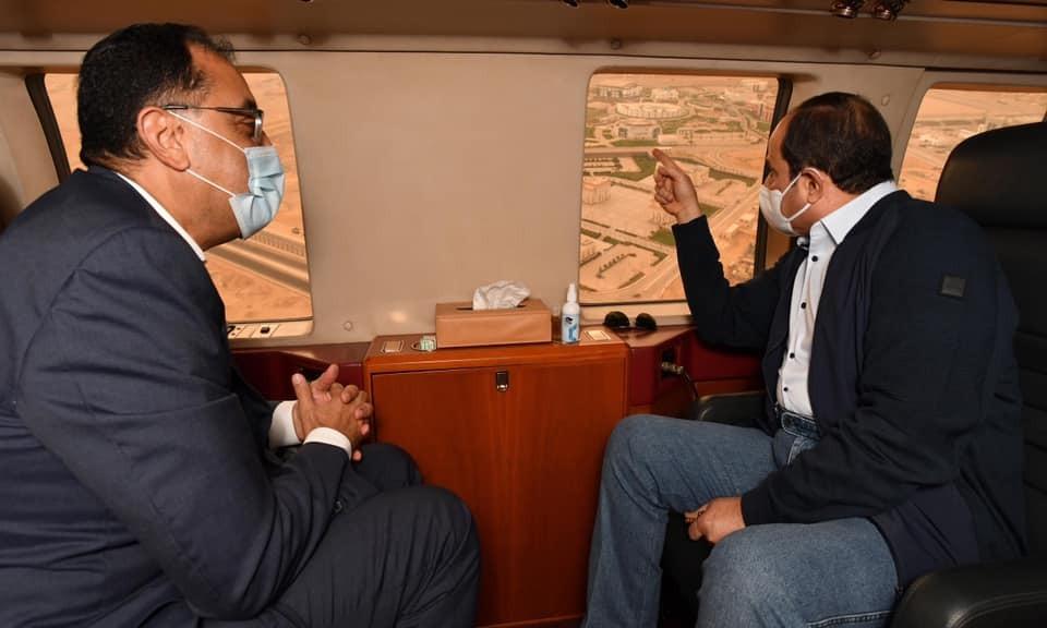 الرئيس السيسي يشاهد مقر القيادة الاستراتيجية