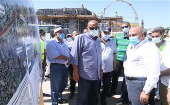 وزير-النقل-يتفقد-مواقع-العمل-بعدد-من-مشروعات-الطرق-والكباري-غرب-الإسكندرية|-صور-