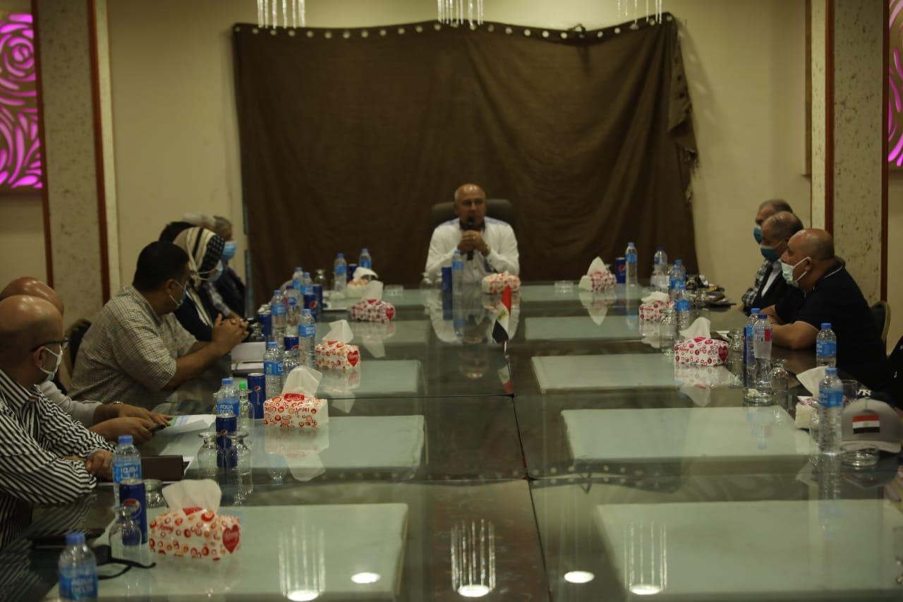 وزير النقل يتابع أعمال الرفع المساحي لموقع ميناء المكس الجديد  بالإسكندرية | صور