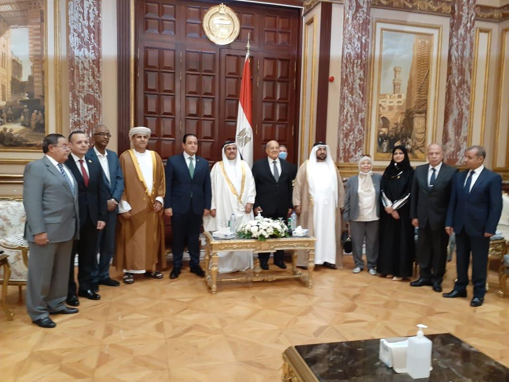 رئيس الشيوخ يجتمع برئيس البرلمان العربي ونائبه الأول علاء عابد  صور
