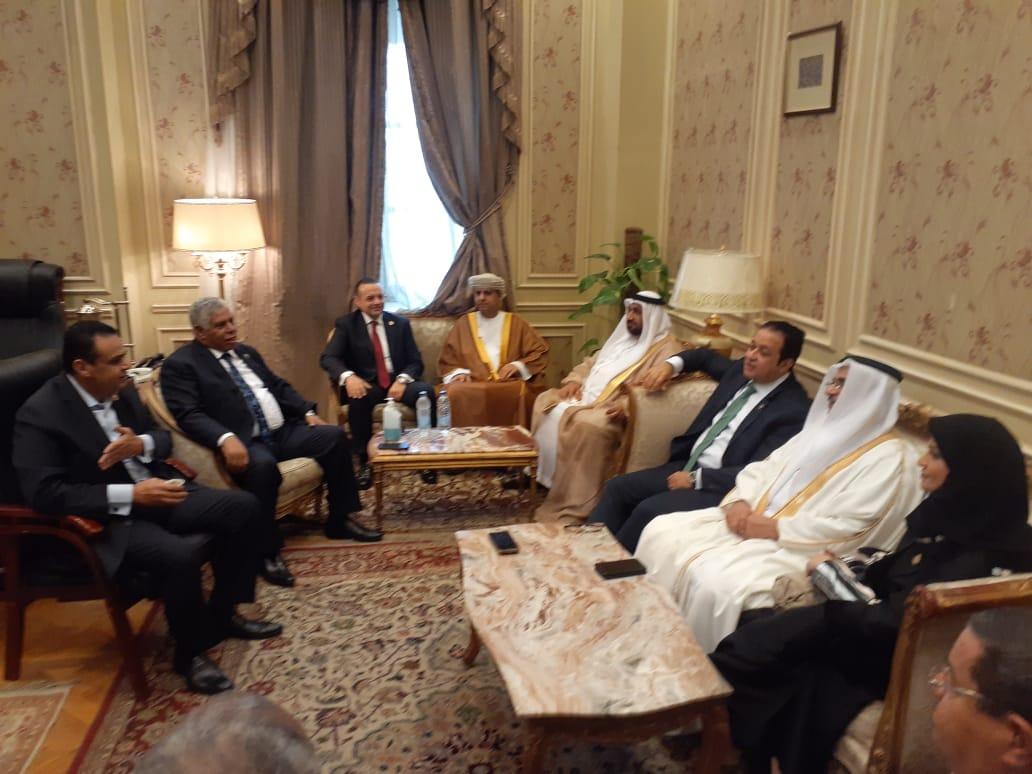 نقل النواب تجتمع بوفد البرلمان العربي   صور