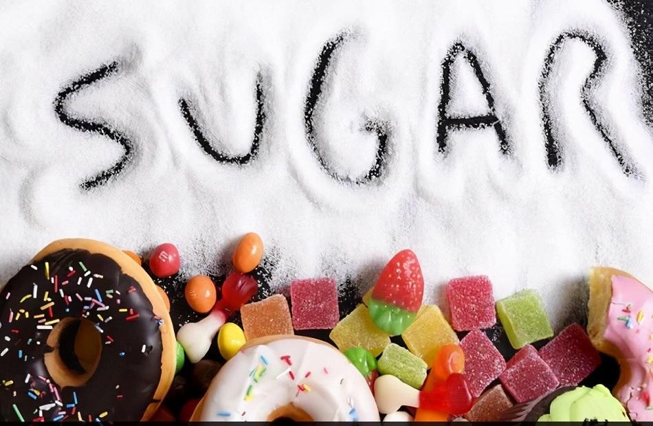 طرق للتخلص من الرغبة الشديدة في تناول السكر دون الشعور بالحرمان