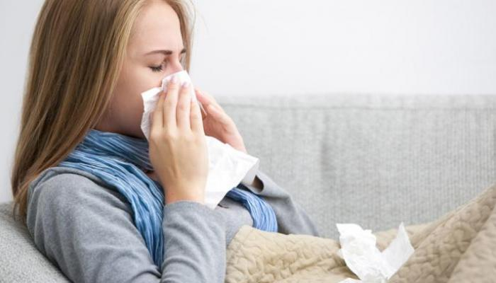 عالم فيروسات يتحدث عن فئة من البشر غير معرضة لخطر الإصابة بكورونا