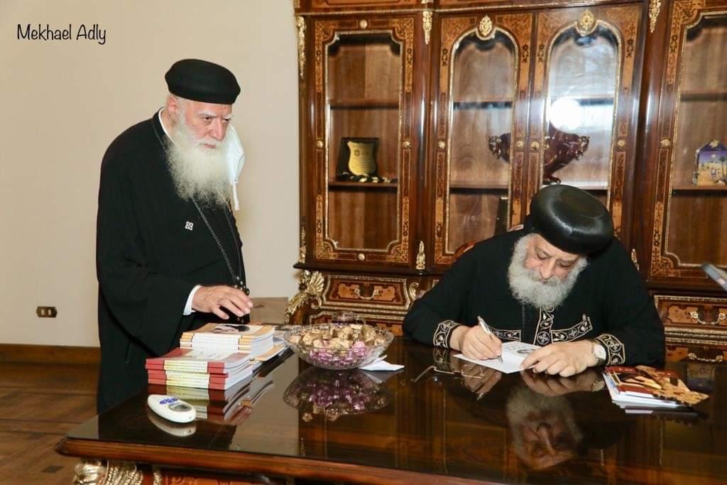 جانب من لقاء البابا تواضروس الثاني بابا الأسكندرية