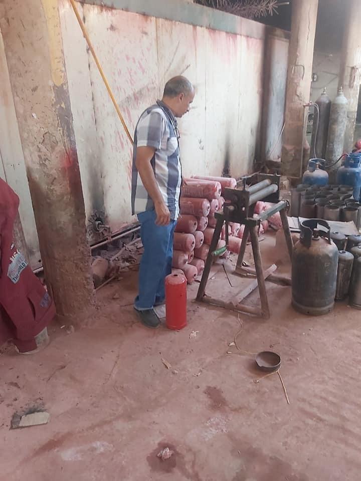 ضبط مصنع طفايات حريق بدون ترخيص