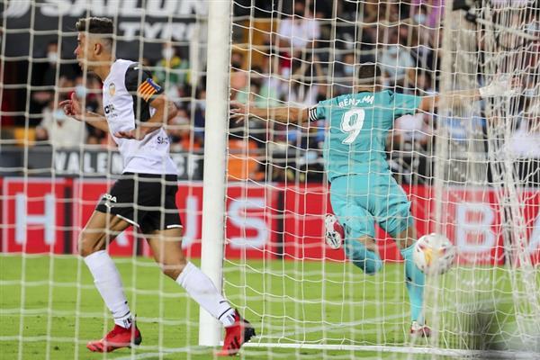 ريال مدريد يحطم لعنة ميستايا بـ ريمونتادا  قاتلة في بلنسية وينفرد بصدارة الدوري الإسباني