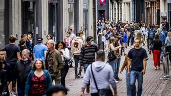 أطول-البشر-على-الأرض-quot;يقصرونquot;-الهولنديون-توقف-نموهم-منذ--عاما