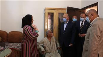 محافظ-القاهرة-يتفقد-تسكين-المواطنين-من-عزبة-أبو-قرن-العشوائية-في-مدينة-quot;معاquot;-بالسلام- -صور-