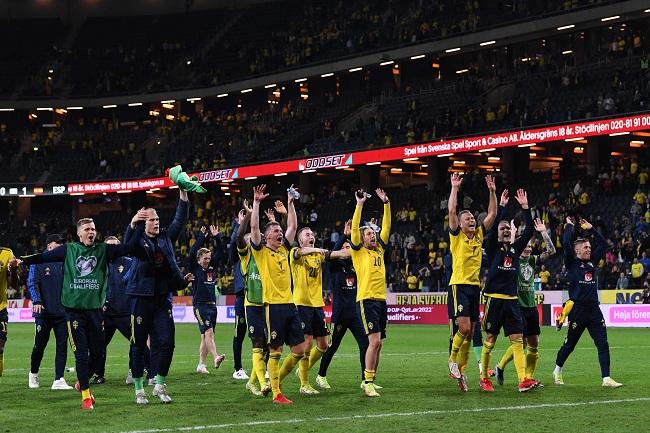 السويد تتصدر المجموعة الثانية بتصفيات المونديال بثنائية في إسبانيا