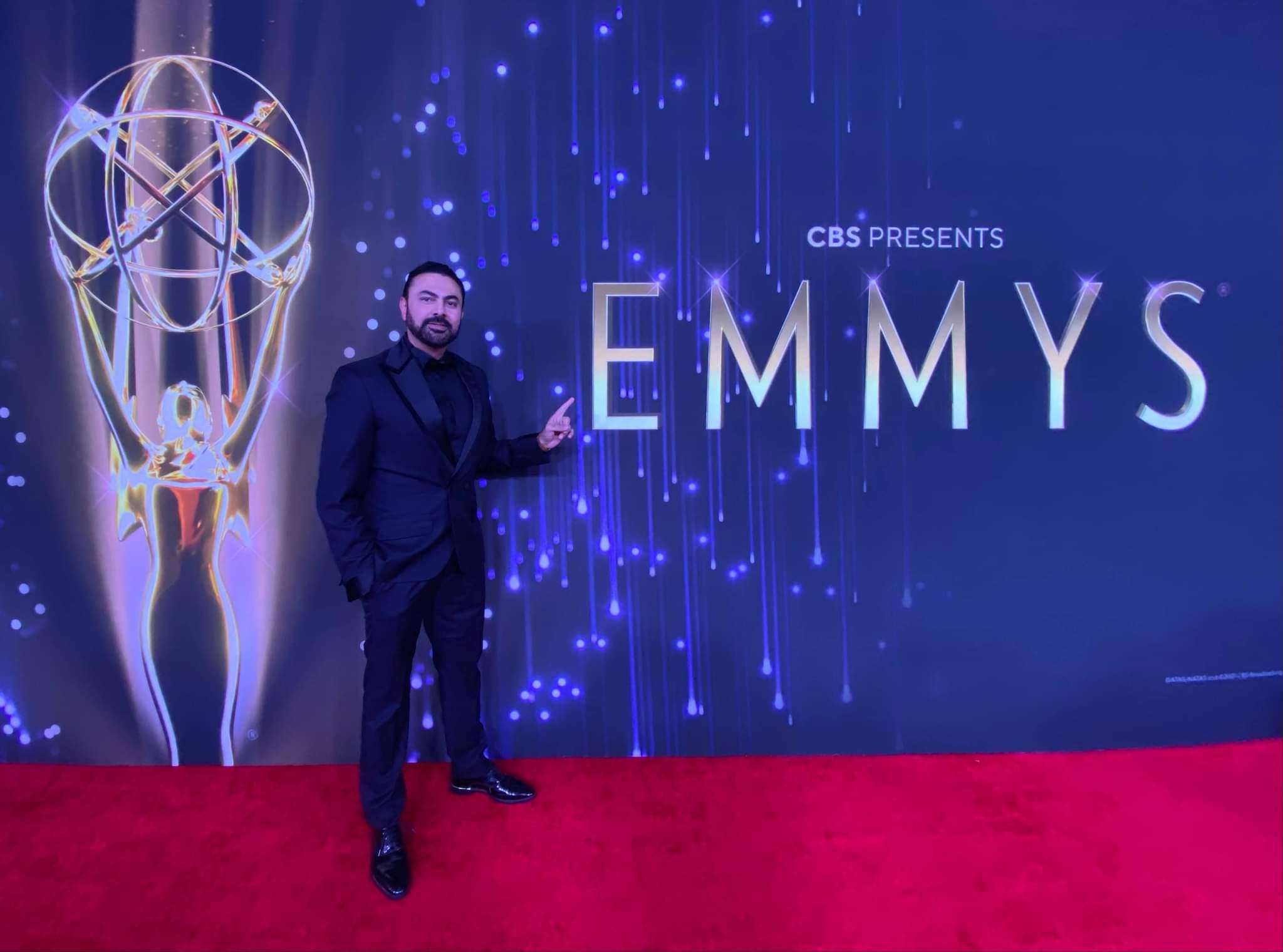 محمد كريم المصري والعربي الوحيد في حفل توزيع جوائز الـ  Emmys    صور و فيديو
