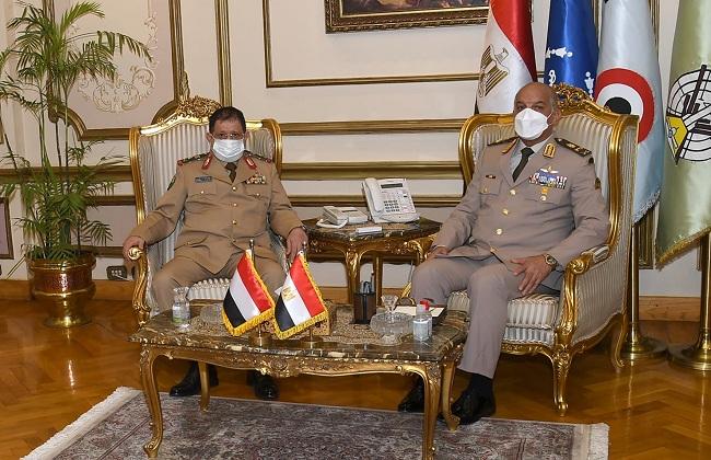 وزيرا دفاع مصر واليمن توافق رؤى القيادة السياسية لكلا البلدين تجاه دعم جهود الأمن والاستقرار بالمنطقة