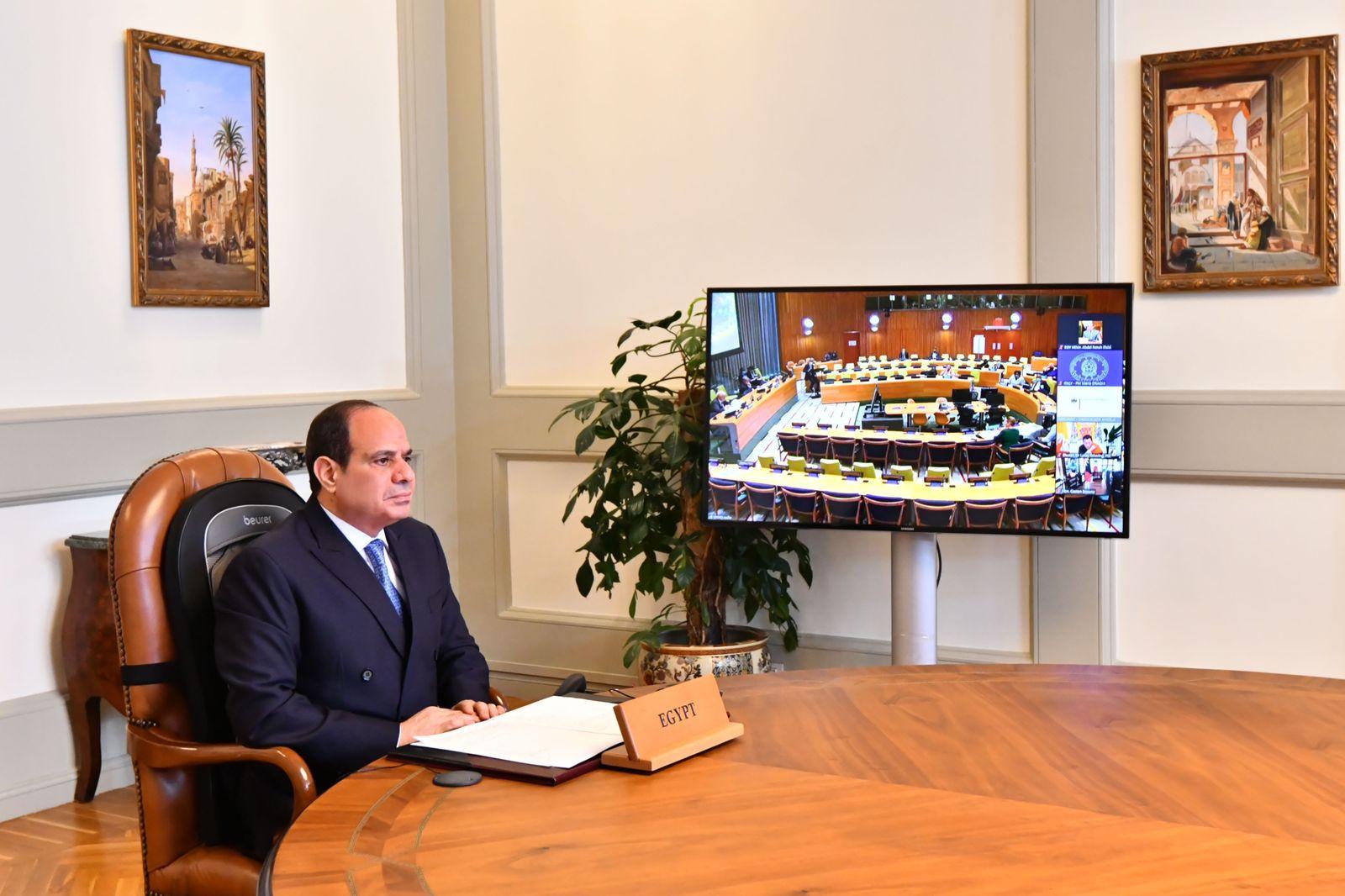 الرئيس السيسي مصر تتطلع إلى استضافة القمة العالمية لتغير المناخ في ۲۰۲۲ بالإنابة عن إفريقيا
