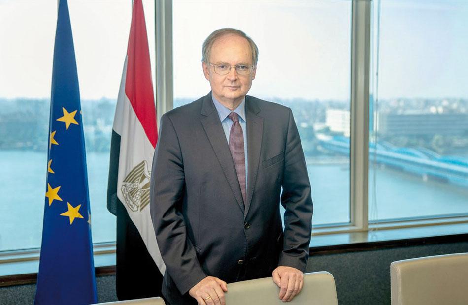 كريستيان برجر سفير الاتحاد الأوروبى لـ;الأهرام العربي; أعشق خفة دم المصريين