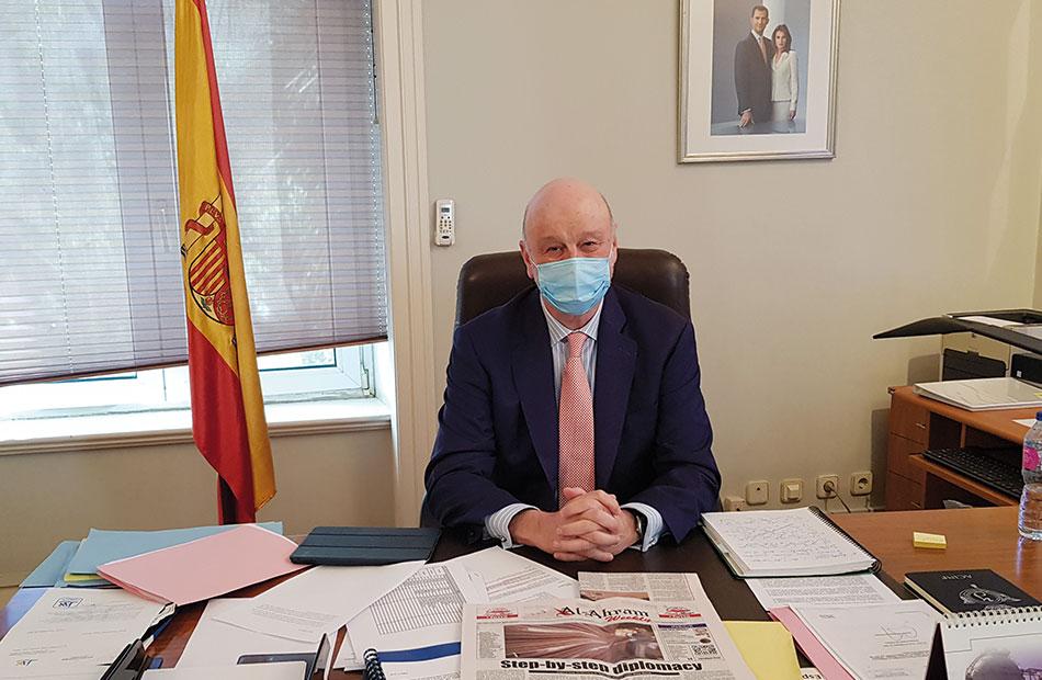 رامون خيل كارساريس سفير إسبانيا لـ;الأهرام العربي; إحساسى بسحر مصر مختلف