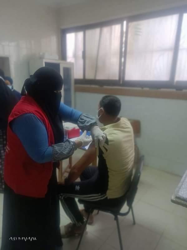 القوافل الطبية المتنقلة للتطعيم باللقاح كورونا