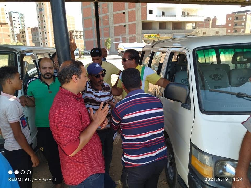 حملة إشغالات لتنظيم الموقف الجديد بجديلة في المنصورة   صور