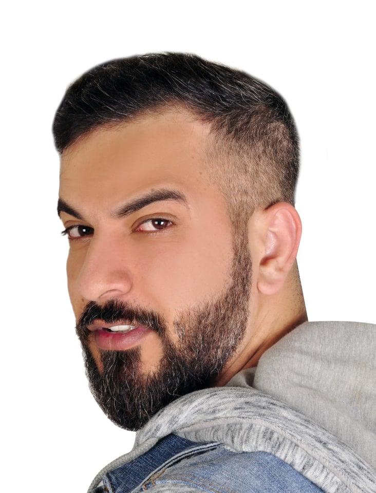 الفنان الإماراتي جاسم صالح