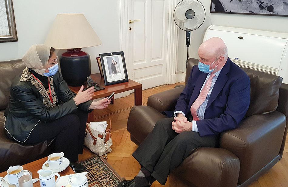 رامون خيل كارساريس سفير إسبانيا خلال حواره مع  الأهرام العربي