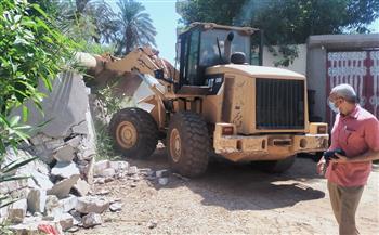 إزالة--حالة-تعد-بالبناء-والزراعة-على-أراضي-أملاك-الدولة-بمراكز-المنيا