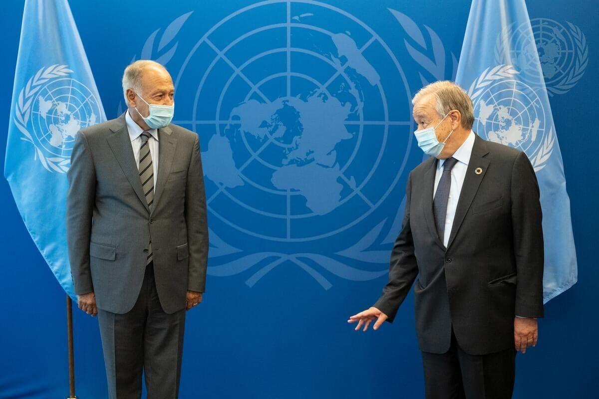 أبو الغيط يبحث مع جوتيريش سكرتير عام الأمم المتحدة قضايا المنطقة