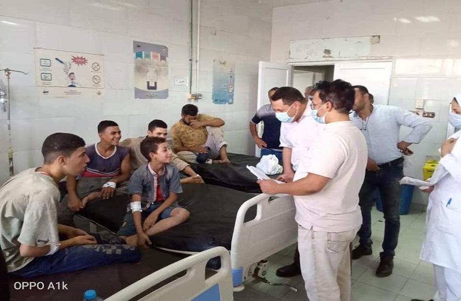 وكيل  صحة المنوفية  يتفقد حالات تسمم جماعي بمستشفى السادات المركزي