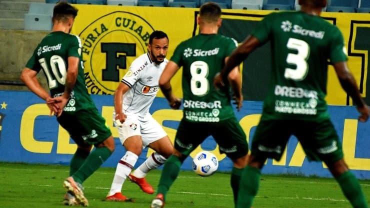 كويابا يفلت من الهزيمة أمام فلومينينسي في الدوري البرازيلي