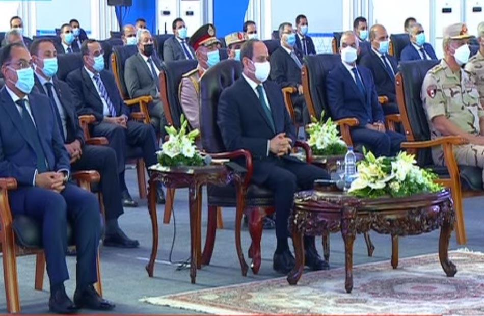 الرئيس السيسي يشاهد فيلما تسجيليا بعنوان ;عبور جديد;